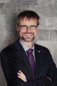 Dr. Henning Wartig